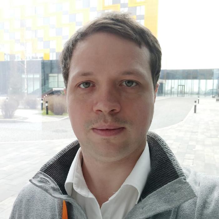 Артур Семенюк